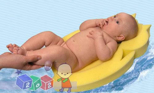 Materacyk do wanienki dla niemowlaków, materacyki do wanienki