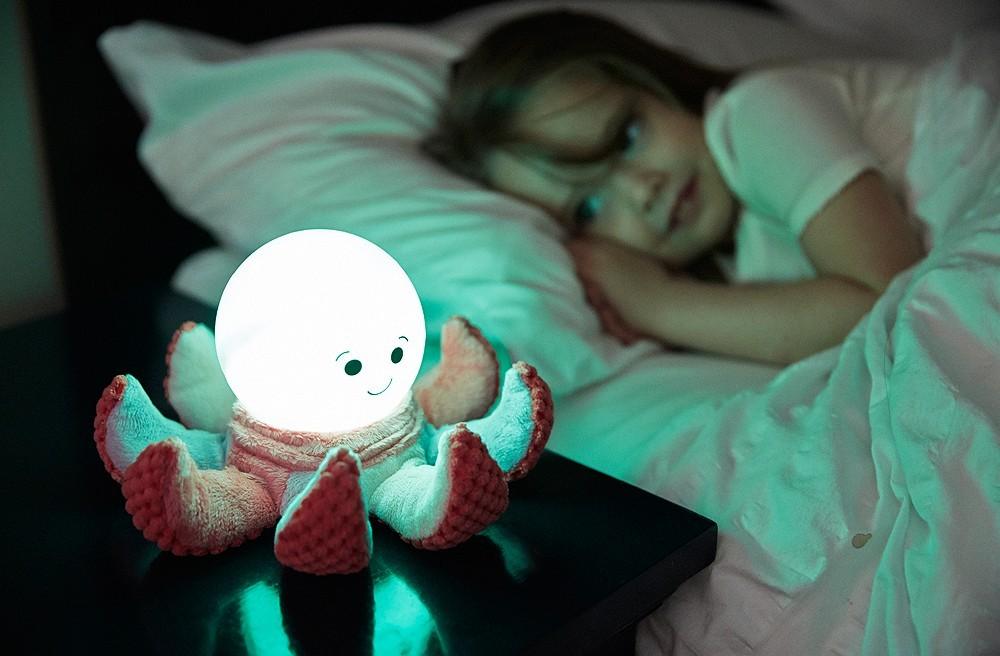 Lampka nocna Ośmiorniczka z pluszowymi mackami Cloud B