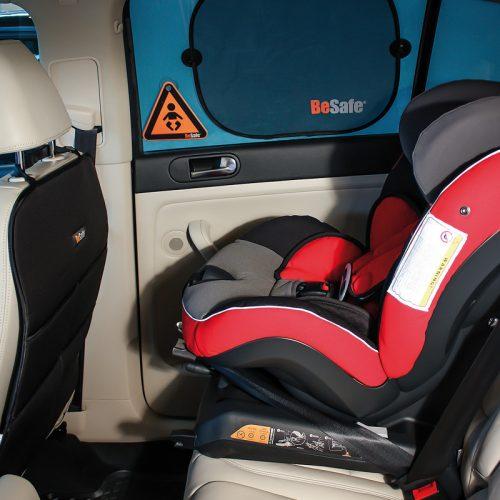 Besafe zestaw do fotelików montowanych przodem do kierunku jazdy lusterko, organizer, osłonka + uwaga dziecko