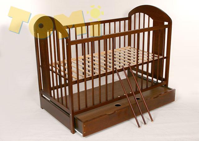 Drewniane łóżeczko dziecięce z szufladą Tomi XIII