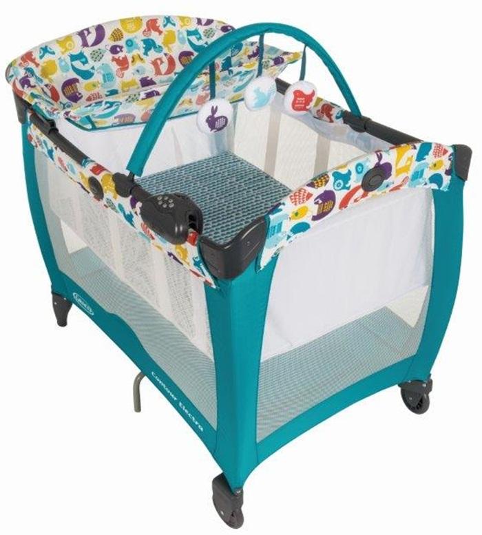 Turystyczne łóżeczko Graco Contour Electra z wibracjami i zabawkami