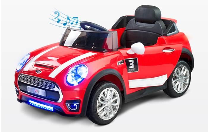 Nowoczesny cabriolet - pojazd na akumulator z pliotem dla rodzica, Toyz