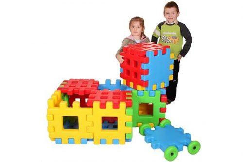 Duże plastikowe klocki edukacyjne idealne do budowania w domu i na dworze