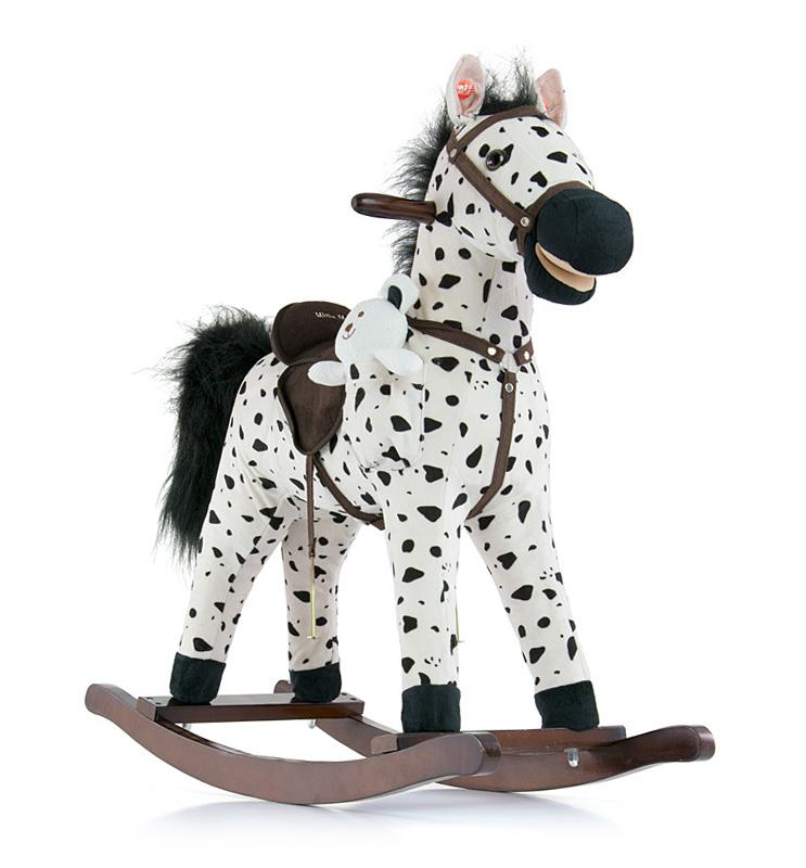 Koń ba biegunach rży i macha ogonem Mustang