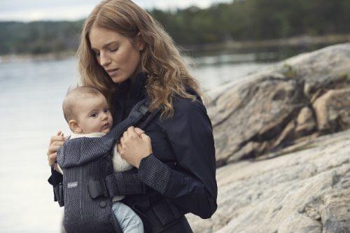 Nosidełko dla dla niemowląt One kolor Granat Babybjorn