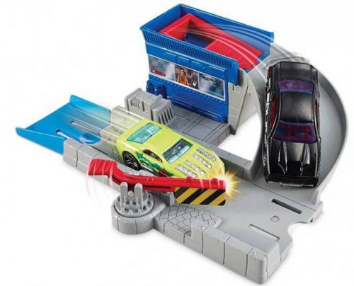 Hot Wheels Mały zestaw do zabawy + samochodzik tor Wystrzałowa Bramka CDM44
