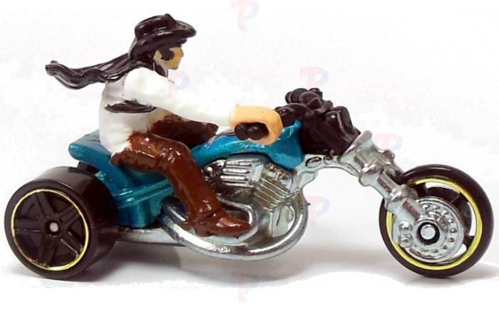 Motocykl wyścigowy z motocyklistą, Hot Wheels Blastous Moto X2075