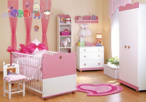 Śliczny zestaw mebli dziecięcych dla małej księżniczki Klupś - łóżko 140x70 z szafą i komodą