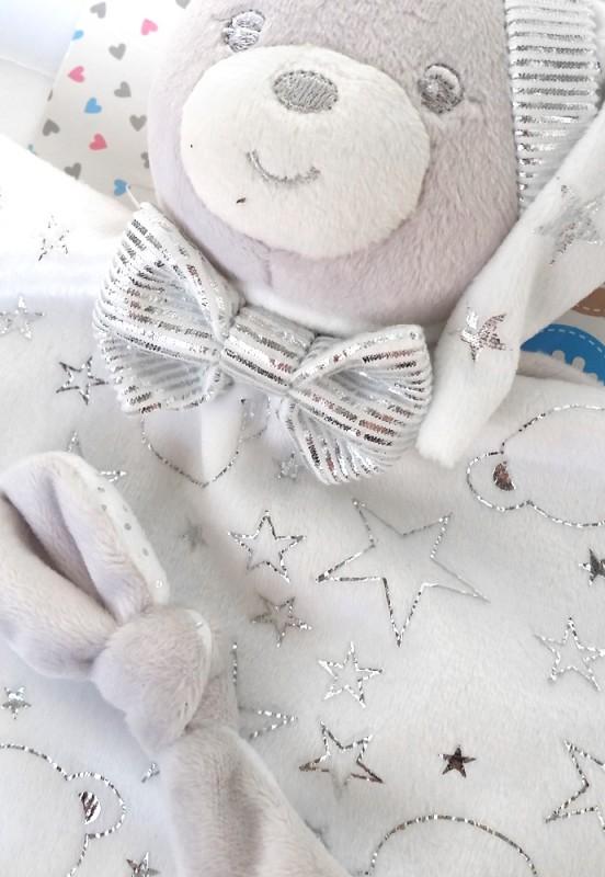 Przytulanka dla niemowląt miś w czapce ecru