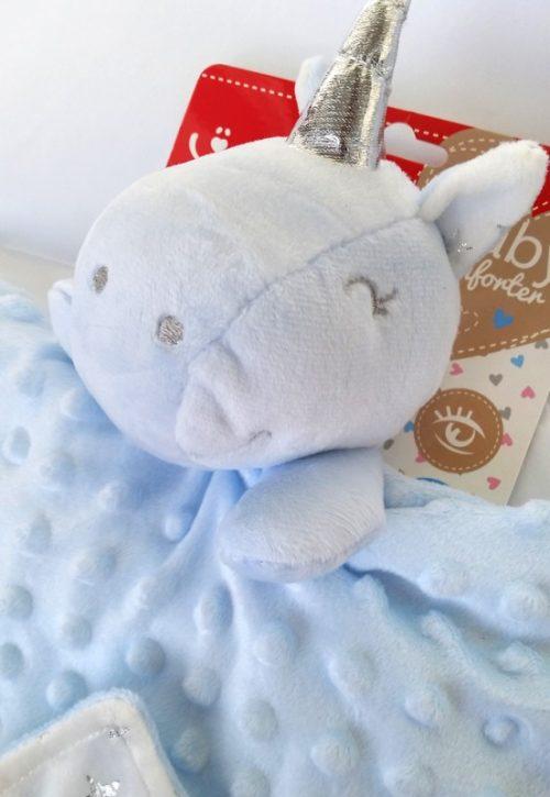 Niebieska przytulanka dla niemowlaka jednorożec