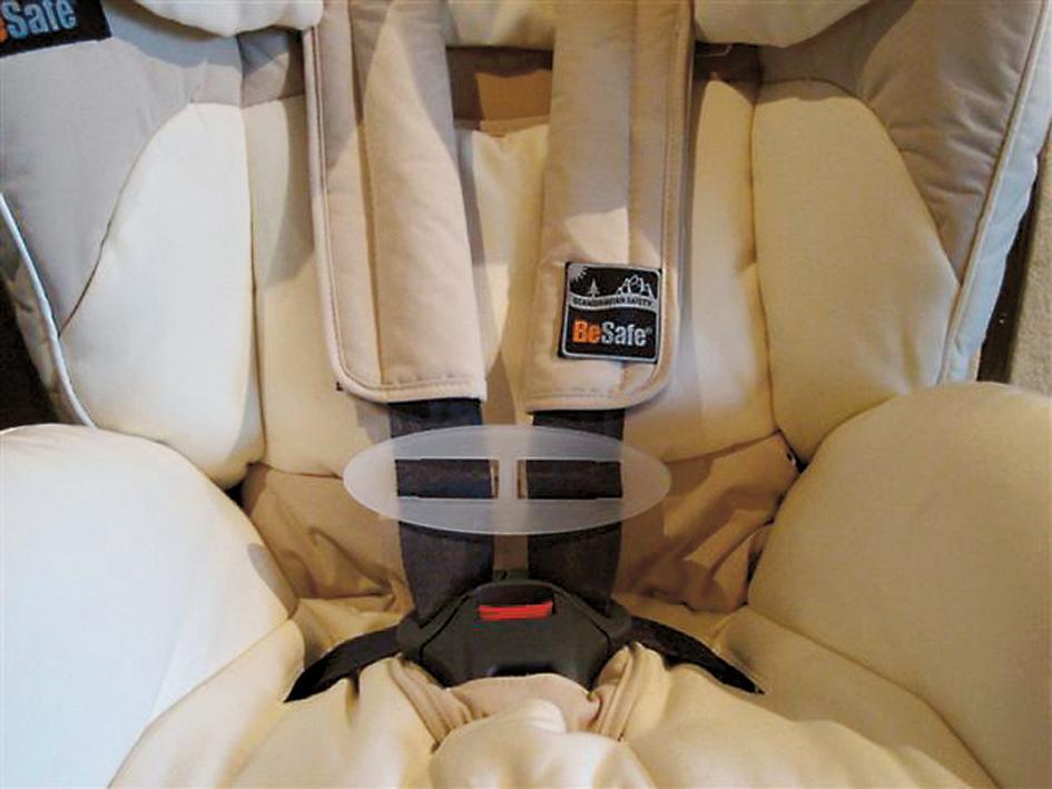 Łącznik pasów bezpieczeństwa do fotelików samochodowych BeSafe