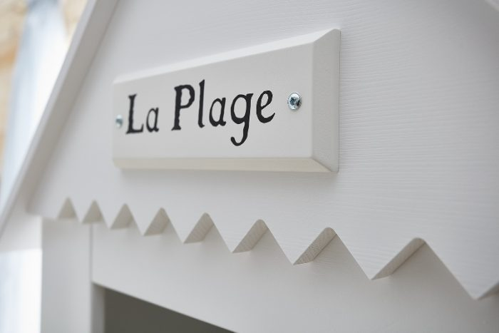 Pinio dekor z własnym napisem do mebli Marsylia