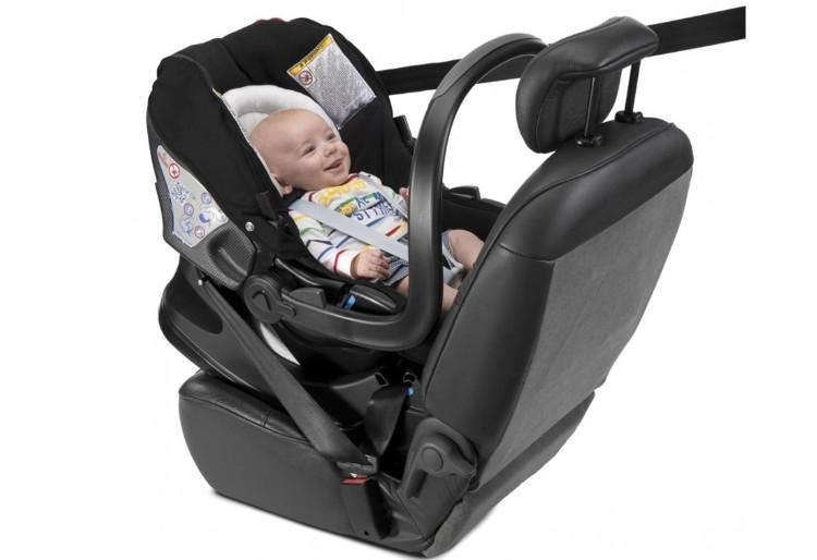 Fotelik samochodowy 0-13 kg Auto Fix Fast 4*ADAC firmy Chicco do wózka Urban