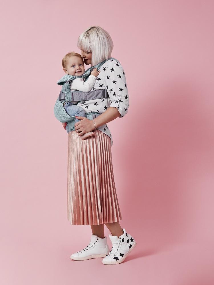 Nosidełko dla dla niemowląt One Air kolor mięta Babybjorn