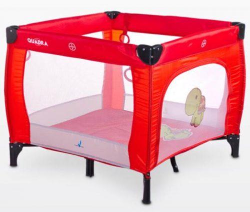 Kwadratowy kojec dziecięcy Quadra, firmy Caretero Red