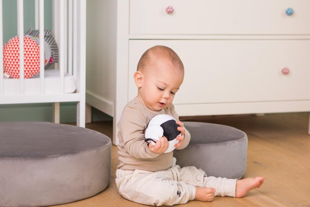 Piłka sensoryczna czarno biała Dumel Balibazoo 0+ DD80305