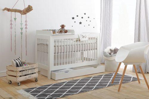 Pinio Basic zestaw mebli łóżeczko 140x70 szufalda przewijak na łóżeczko dziecięce