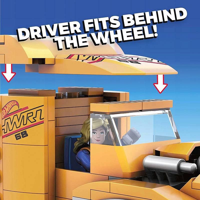 Hot Wheels zestaw do budowania Mega Construx Transporter wyścigówki GYG66