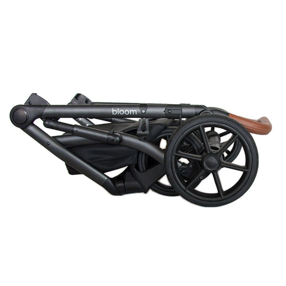 Roan Bass Next wózek glęboko spacerowy zestaw 3w1 z fotelikiem Kite 0-13 kg kolor Chili + Gratis!